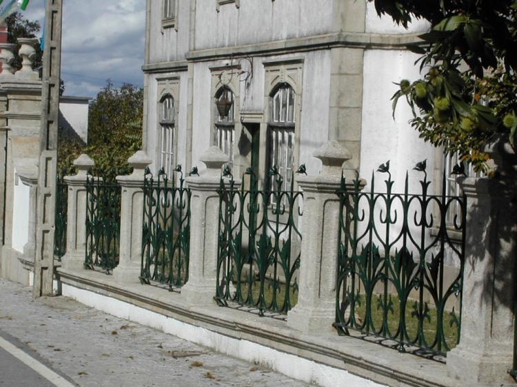 Gradeamento da Quinta da Ramalhosa - Sede